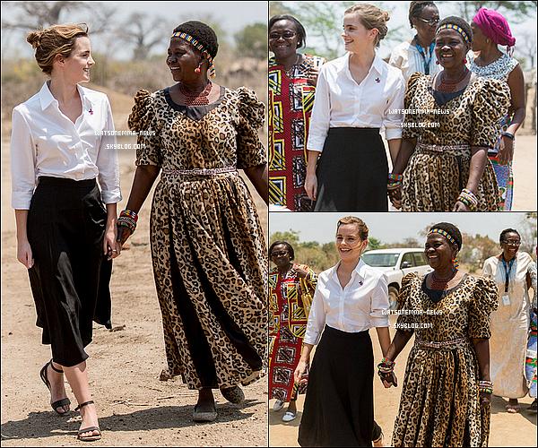 """. 10/10 : Emma s'est rendue � Malawi dans le cadre de la journ�e internationale des droits de la fille ! . """"Passer la journ�e dans ce beau pays qu'est le Malawi a �t� une exp�rience �mouvante et inspirante pour moi. J'ai rencontr� des jeunes filles qui, comme beaucoup d'autres dans leur pays, se battent contre la pauvret� et ont �t� oblig�es de se marier tr�s t�t. Cela les a priv�es d'�ducation et m'a fait prendre conscience de combien il �tait important pour les femmes d'�tre capables de prendre leur propre d�cision."""" ."""