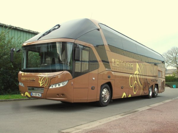 New Neoplan Starliner