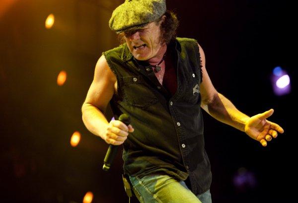 Brian Johnson : La casquette hurlante
