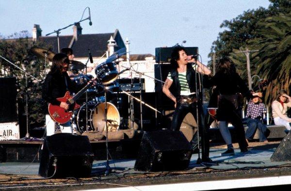 1975 - High Voltage (Australie)