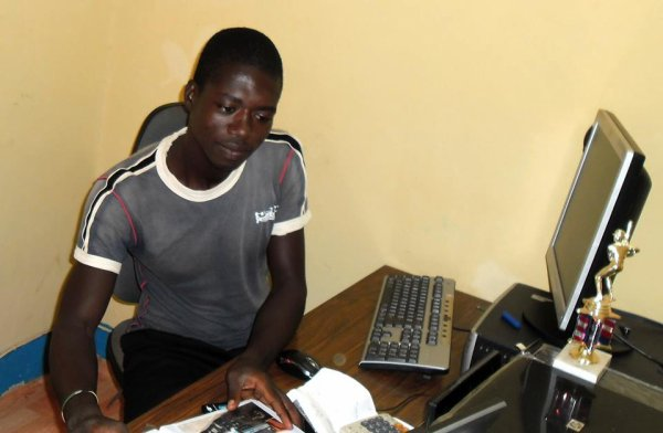 INTRODUCTION G�N�RAL DE KSIG CENTRE DE FORMATION INFORMATIQUE - OUAGADOUGOU