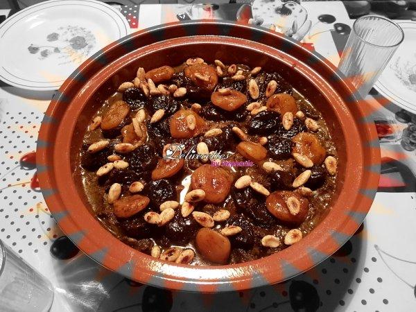Tajine de b½uf aux pruneaux, abricots et amandes