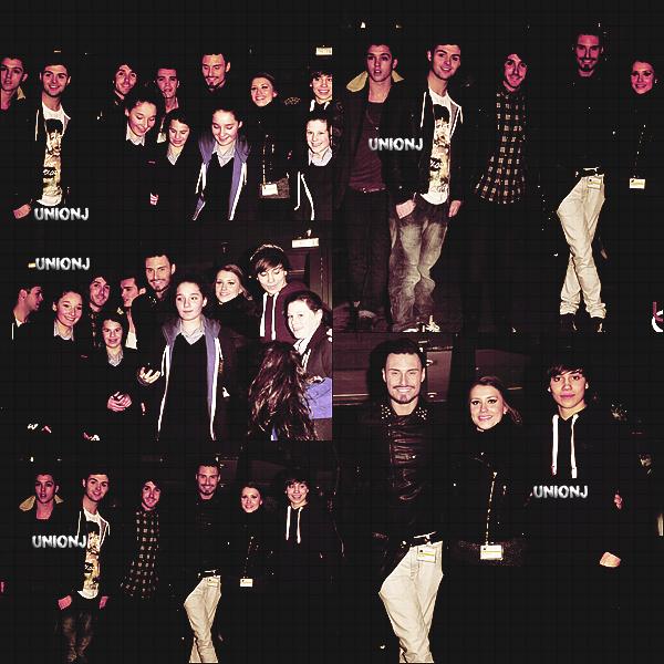 08/12/12: Les Union J, ont chant�s avec les tous les candidats, sur le plateau de x Factor Uk, pour la finale: