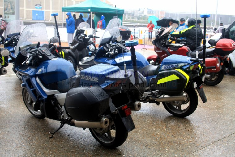 motos gendarmerie nationale le havre 76 j 39 ai pas. Black Bedroom Furniture Sets. Home Design Ideas