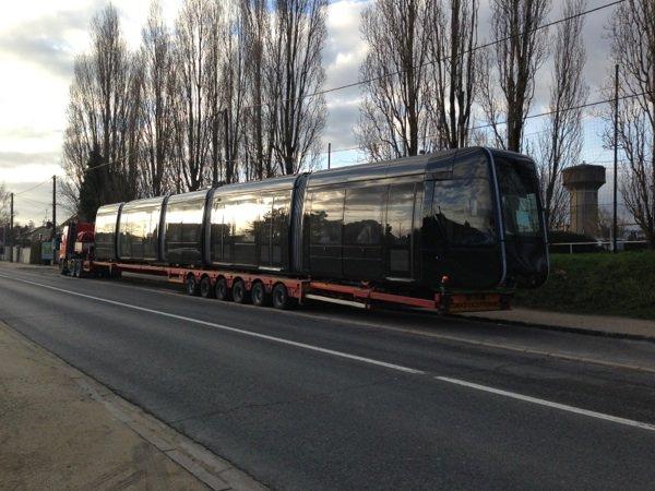 Livraison du tram tourangeau