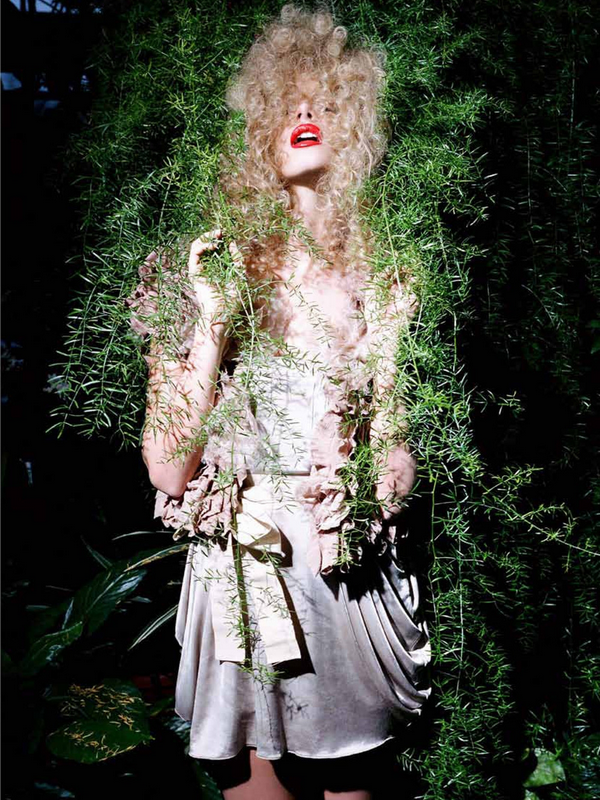 Marloes Hors for Flair Magazine ( October 2010 )