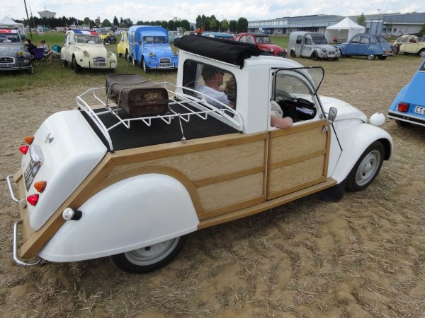 nationale 2cv st dizier 2014 blog de citroen 2cv. Black Bedroom Furniture Sets. Home Design Ideas