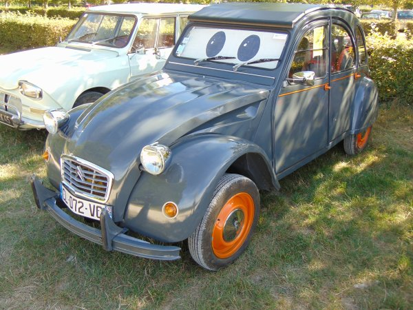 rassemblement l 39 tang de la vall e 45 blog de citroen 2cv. Black Bedroom Furniture Sets. Home Design Ideas