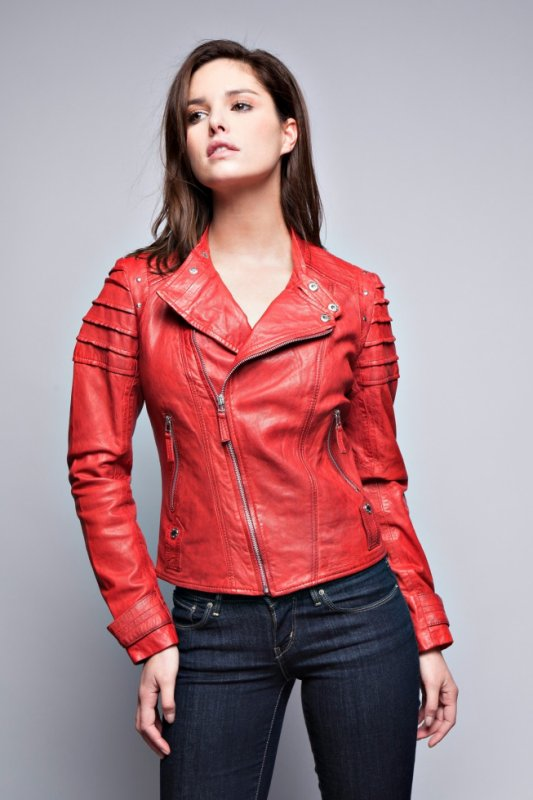 blouson cuir rouge veste en cuir rouge par pantalon cuir femme giorgio. Black Bedroom Furniture Sets. Home Design Ideas