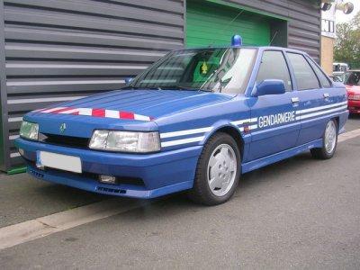 blog de gendarmerie bri bonjours je parle des voiture de la bri. Black Bedroom Furniture Sets. Home Design Ideas
