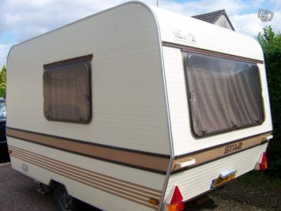 la star du jour de 1980 caravane ode la caravane. Black Bedroom Furniture Sets. Home Design Ideas