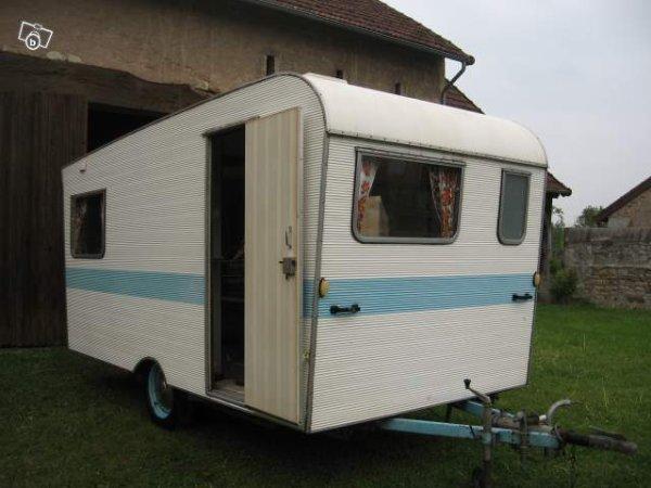 une carrez vue sur leboncoin caravane ode la caravane. Black Bedroom Furniture Sets. Home Design Ideas