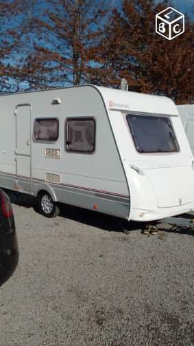retour la caravane moderne caravane ode la caravane. Black Bedroom Furniture Sets. Home Design Ideas