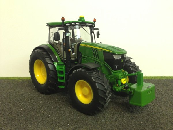 tracteur john deere 6210r de siku. Black Bedroom Furniture Sets. Home Design Ideas