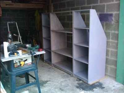 un dressing sous combles en cours de fabrication. Black Bedroom Furniture Sets. Home Design Ideas
