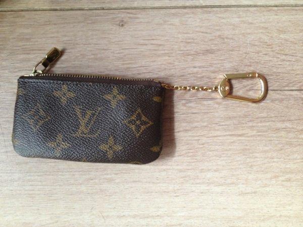c0a415e6148 Porte Monnaie Louis Vuitton Vrai Ou Faux