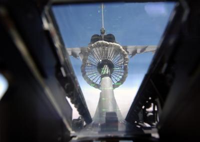 ravitaillement vu de l int 233 rieur d un avion de chasse voici un sur les avions de chasse