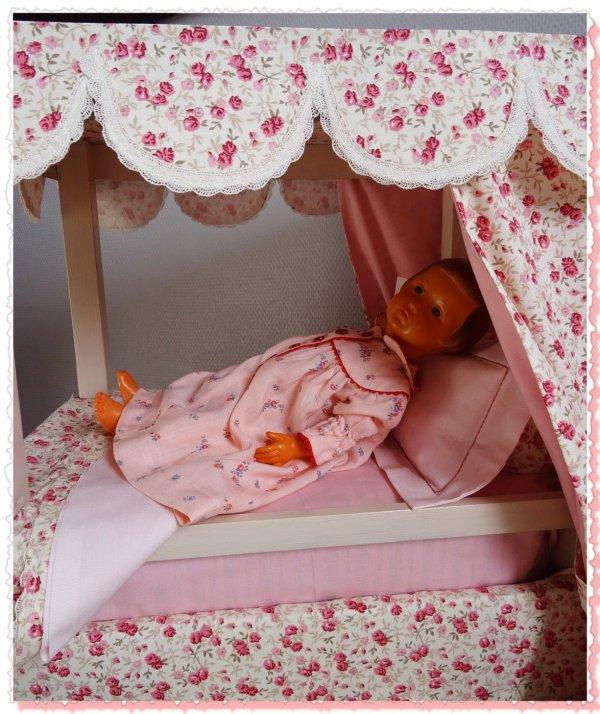 Le lit � baldaquin de Fran�oise 1�re partie