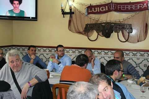 D�jeuner entre �leveurs canaris Arlequim Portugues Mondial 2016