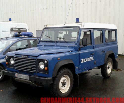 land rover defender 110 sw 4x4 gendarmerie44. Black Bedroom Furniture Sets. Home Design Ideas