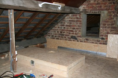 21 1 2012 coffre escalier grenier pa d 39 ze to par for Isolation grenier