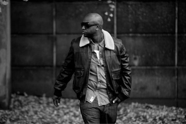 .  Sur le blog News de Rico Love (Producteur)   .