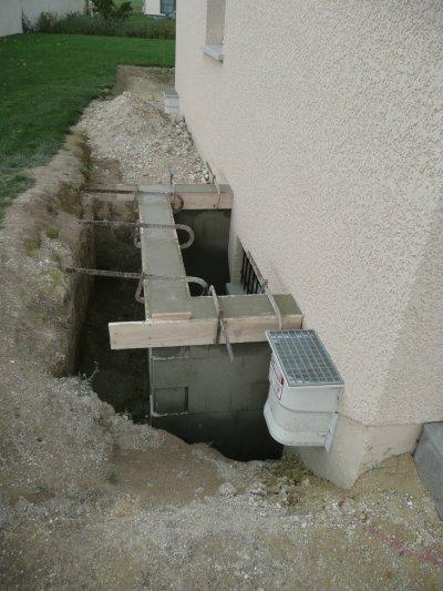Encadrement fen tre du sous sol blog de ma premi re maison for Installer fenetre sous sol