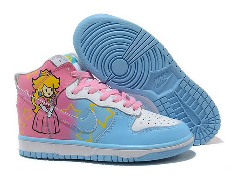 official photos fe2cd 5ac0f princess peach nike dunk shoes