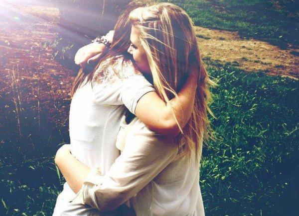 Il y a des personnes qu'on voit un jour et qu'on oublie le lendemain, d'autre qu'on vois un jour et qui peux marquer une vie ♥