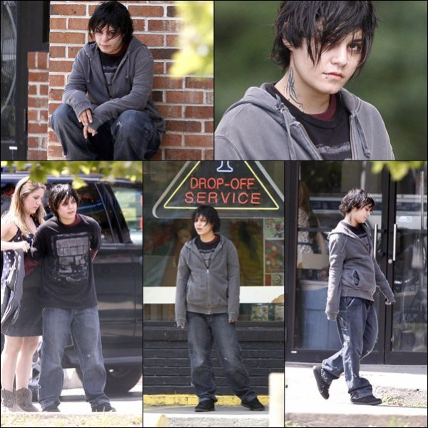 """_______________________________________________________________________________________14.07.2011: Vanessa �tait sur le tournage de son nouveau film """" Gimme Shelter """".  + Je trouve qu'elle incarne un personnage tr�s choquant, les photos la montre comme grosse et moche, le contraire de ce qu'elle es. J'ai hate de voir qu'est ce que ce film va nous revelez.  _______________________________________________________________________________________"""
