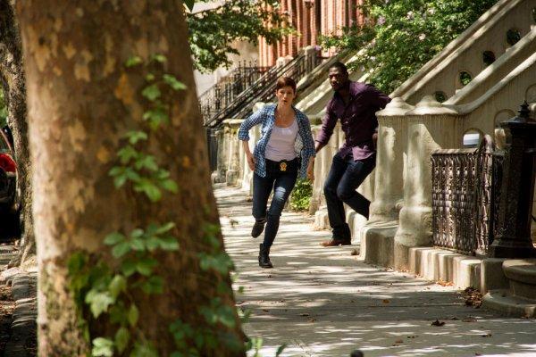 """qu'avait vous pense  deux premiers �pisodes ?nouvelle s�rie de TF1"""" Taxi Brooklyn"""" avec Chyler Leigh) son personnage  Cat Sullivan"""