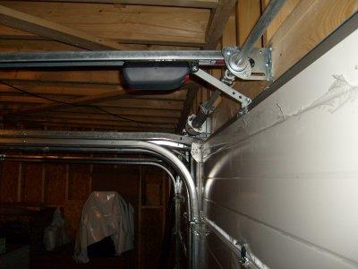 la motorisation de porte de garage apr s r glage maison bois doudou. Black Bedroom Furniture Sets. Home Design Ideas