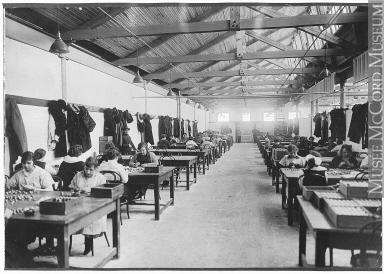 L 39 int gration des femmes dans le monde du travail durant for Interieur 19eme siecle