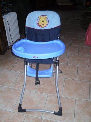 chaise haute winnie l ourson blog de lesptitbambins. Black Bedroom Furniture Sets. Home Design Ideas