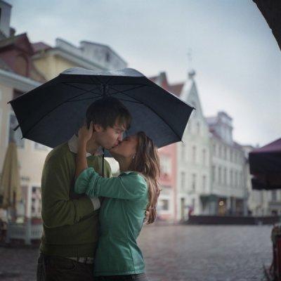 Quand on est aim� on ne doute de rien. Mais quand on aime on doute de tout.