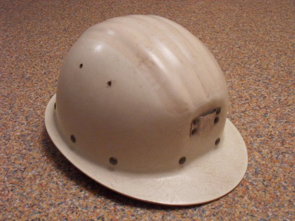 le casque petit colin la mine de charbon. Black Bedroom Furniture Sets. Home Design Ideas
