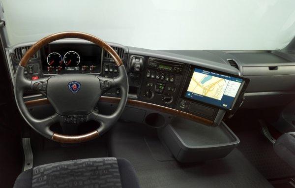 Interieur cabine r scania blog de diabolomenthe70 for Interieur camion scania