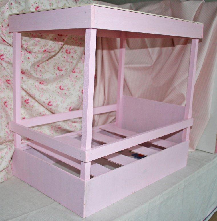 Le lit baldaquin de novembre 1952 poup es poupons en ribambelle - Lit baldaquin fait maison ...