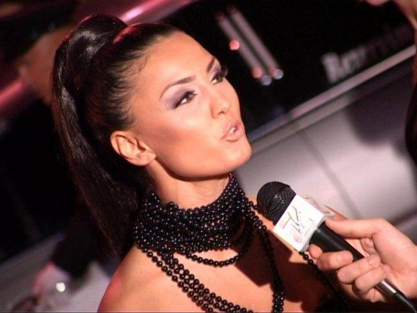 Genta Ismajli - BEST VIDEO & BEST POP FEMALE - Zhurma Show Awards 2010