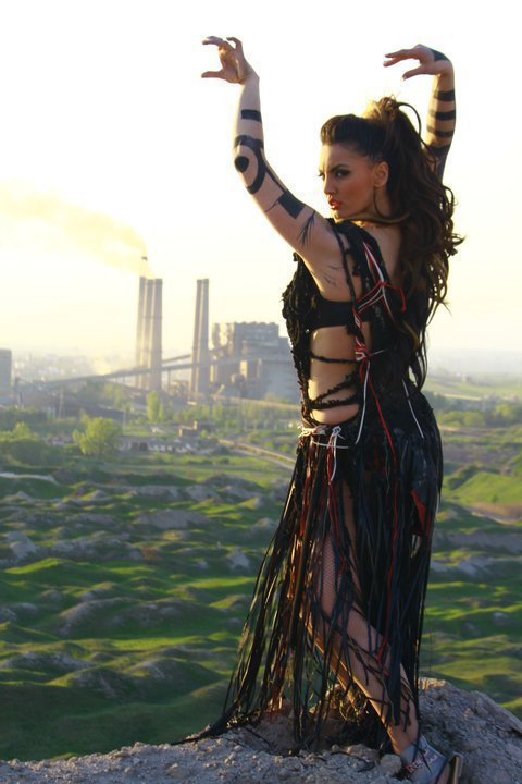 Genta Ismajli - Foto nga videoklipi ''Pa ty''