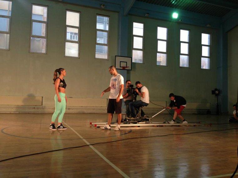 """Genta Ismajli - Fotografi nga gjirimet e videoklipit """"Si Ty Nuk Ka"""""""