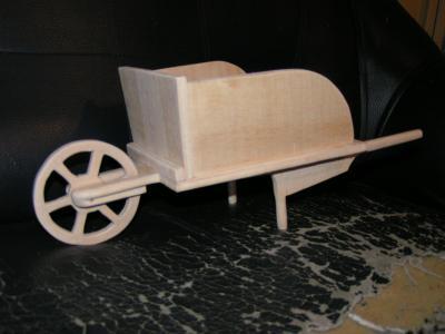 fabriquer une petite voiture en bois jouet youtube - petite