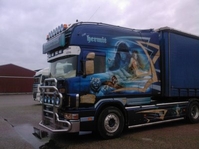 Scania exc longline belgique camions decores et tuning for Interieur camion scania