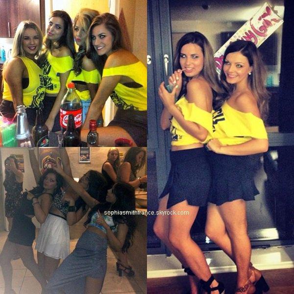 Sophia faisant la fête avec des amies dates inconnues