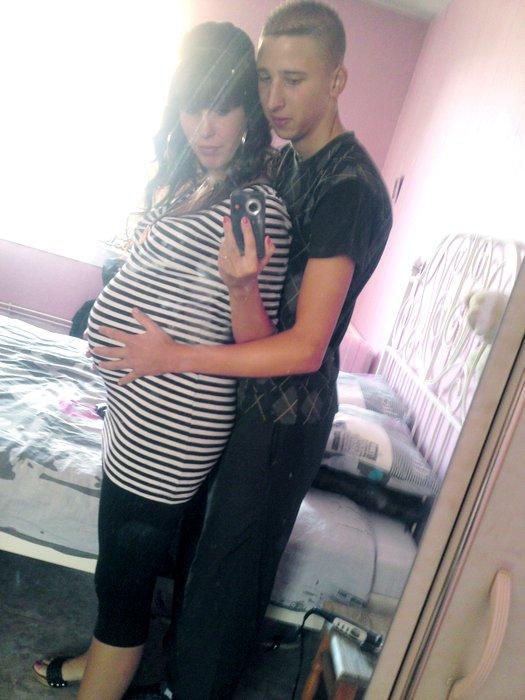 bidou a 32 semaine de grossesse sois 34 sa 9mois plus tard. Black Bedroom Furniture Sets. Home Design Ideas