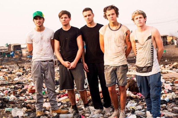 One Direction : Des nouvelles photos très émouvantes de leur voyage au Ghana !!!