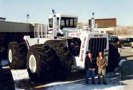 le plus gros tracteur du monde