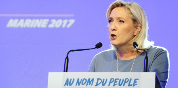 Front National: les enfants étrangers doivent payer leur éducation