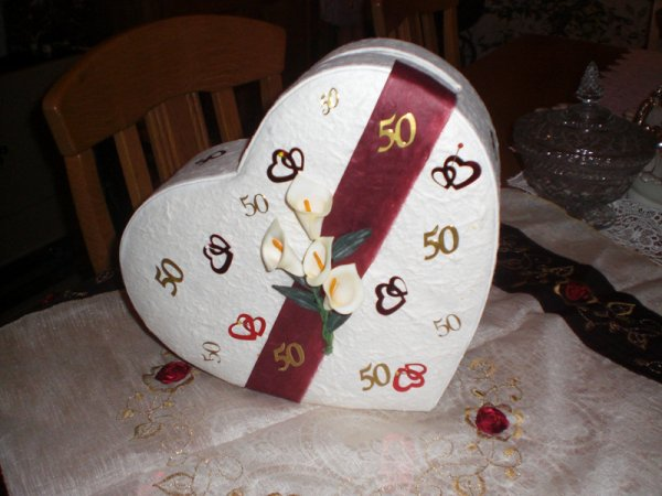 Decoration mariage urne anniversaire 50 ans for Decoration urne