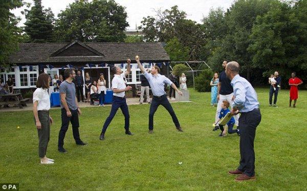 Prince Harry - Heads Together BBQ , le 25 juillet 2016 _ Suite